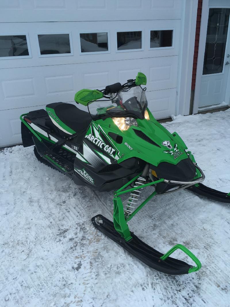 Motoneige de sport Arctic Cat Sno Pro 2010 à vendre