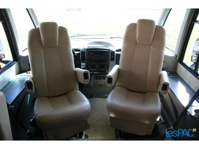 Winnebago Via 25R 2012 à vendre