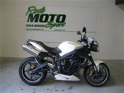 Moto sport Triumph Street Triple 2012 à vendre