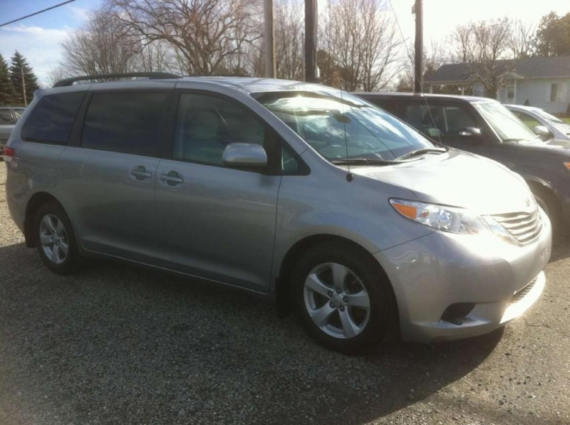 Minivan Toyota Sienna 2011 à vendre