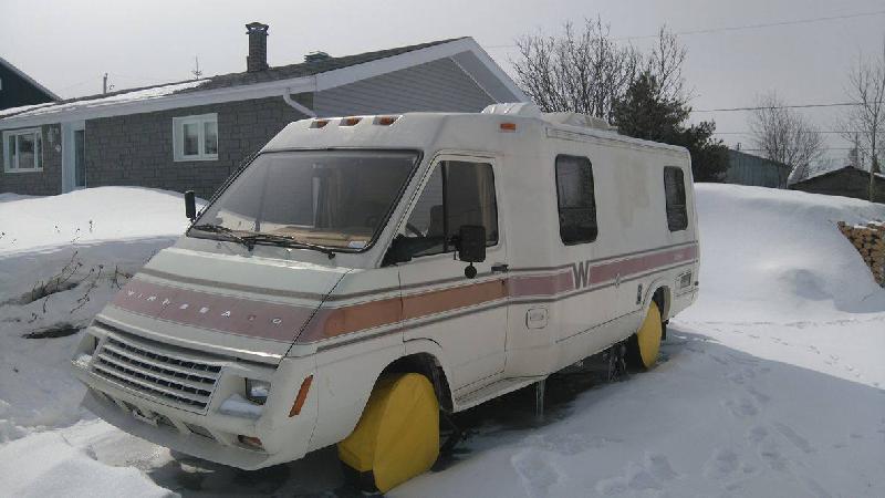 VR Classe B Le Sharo Winnebago 1987 à vendre