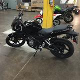 Honda CB300 2016 Neuve sans égratignure. Négociable !! 300KM seulement