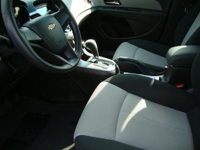 Chevrolet Cruze LS 2011 à vendre