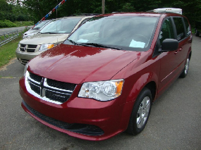 Dodge Grand Caravan SE / SXT 2011
