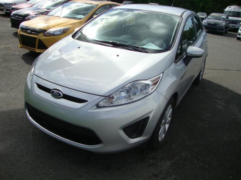 Ford Fiesta SE 2011 à vendre