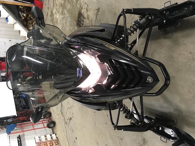 Motoneige Yamaha SR VIPER STX-DX 146 2016 à vendre