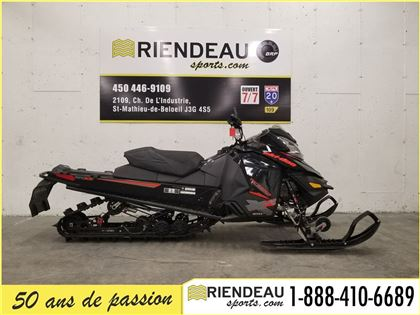 Motoneige Ski-Doo Renegade Backcountry 800r E-TEC 2015 à vendre