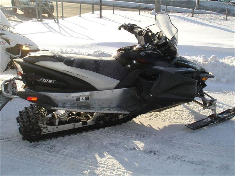Motoneige Yamaha  2011 à vendre