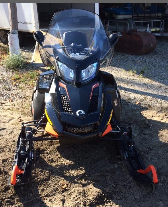 Motoneige de sport Ski-Doo Renegade 1200 X 4-TEC 2015 à vendre