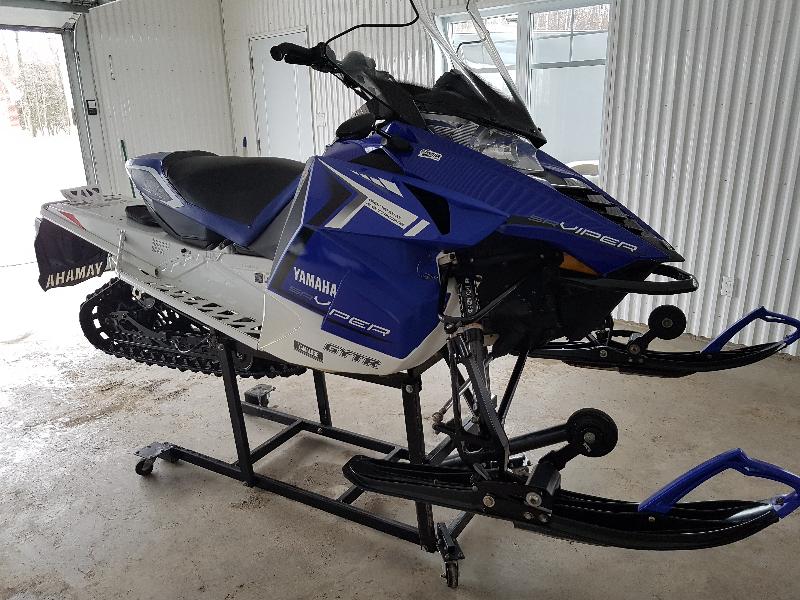 Motoneige Yamaha SR Viper L-TX SE 2014 à vendre