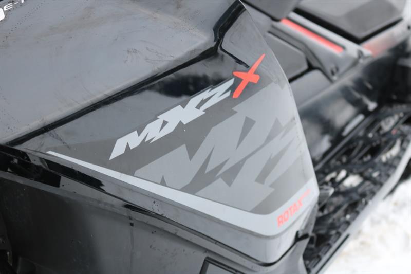 Motoneige de sport Ski-Doo MXZ 800 E-TEC 2017 à vendre