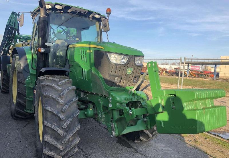 Tracteur et excavatrice John Deere  2013 à vendre