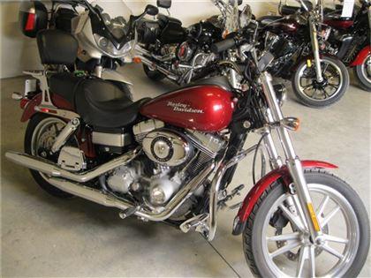 Moto routière/cruiser Harley-Davidson Dyna 2007 à vendre