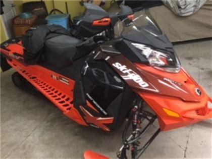Motoneige Ski-Doo RENEGADE X 800 ETC 2015 à vendre