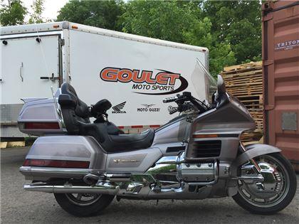 Moto tourisme Honda GL1500 1998 à vendre