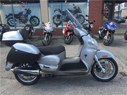 Scooter Aprilia Scarabeo 2005 à vendre