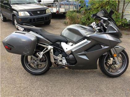 Moto sport Honda VFR800 Interceptor 2008 à vendre