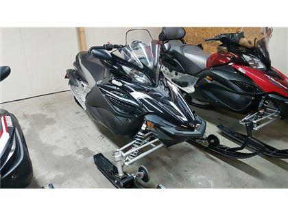 Motoneige Yamaha APEX 128 2013 à vendre