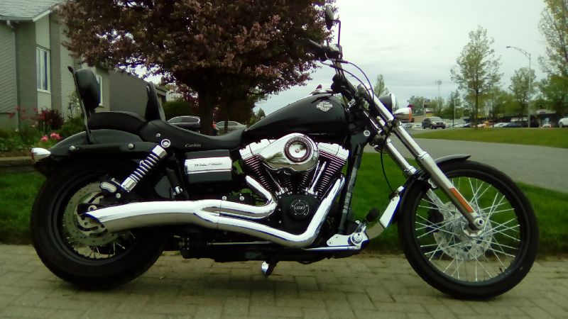 Moto Harley-Davidson Dyna Wide Glide 2012 à vendre