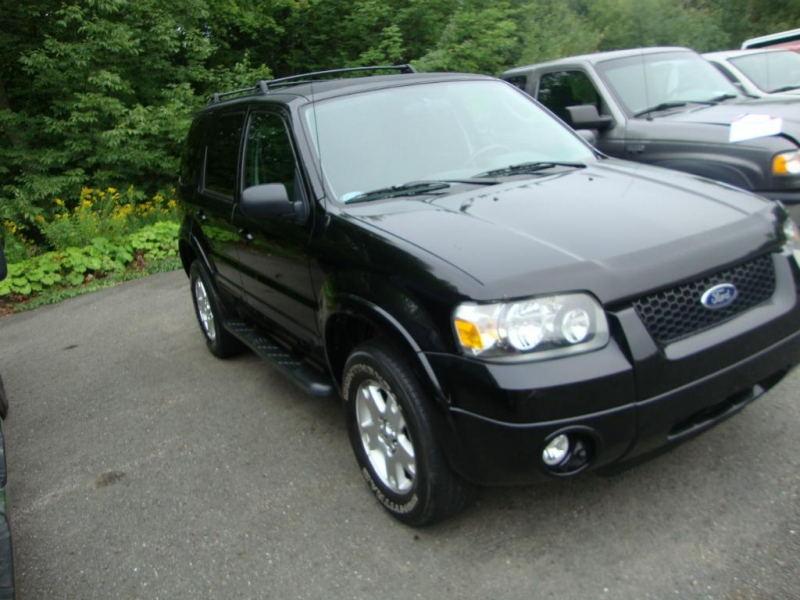 Utilitaire sport Ford Escape 2007 à vendre