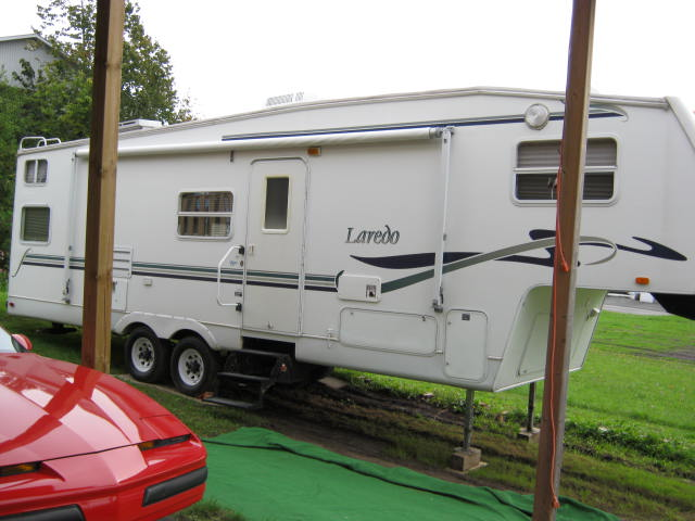 Caravane à sellette Laredo  2002 à vendre