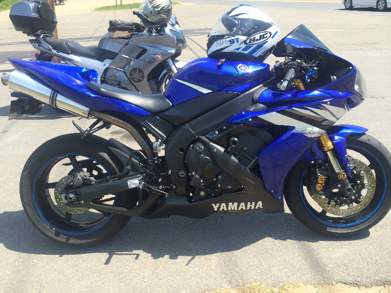 Moto sport Yamaha R1 2006 à vendre
