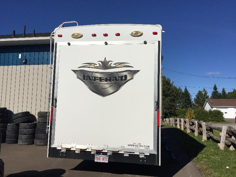 Caravane à sellette K-Z Inferno 2011 à vendre